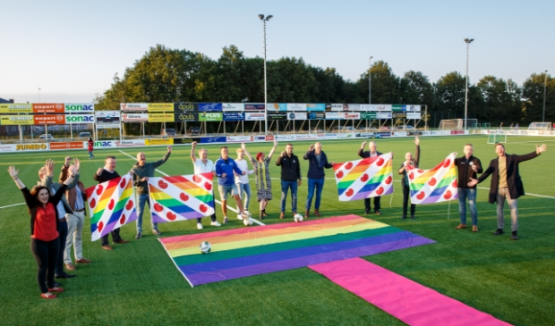 <p>Henk Buning was ook aanwezig bij de aftrap van deze actie.</p>