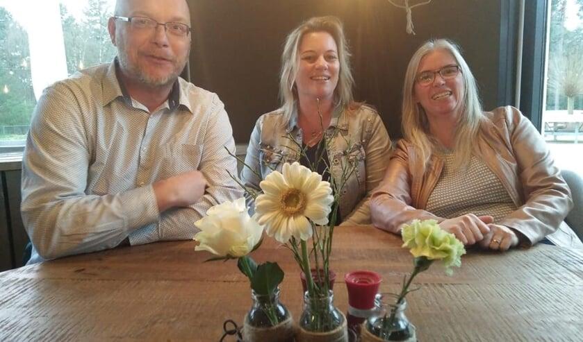Gerda van Voorst, Sandra Konings en Eric Leenheer (vrnl) vormen het bestuur van het broodfonds.