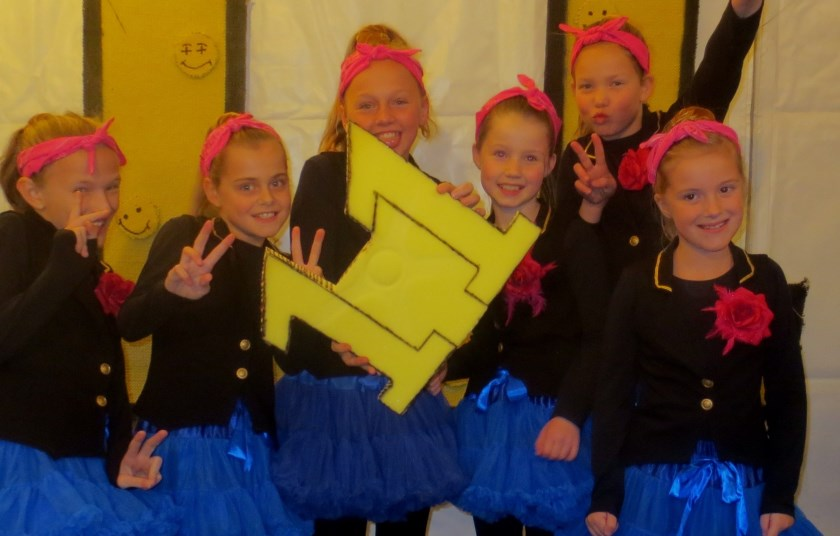 Winnend Bloaike: De Fleurige Showgarde