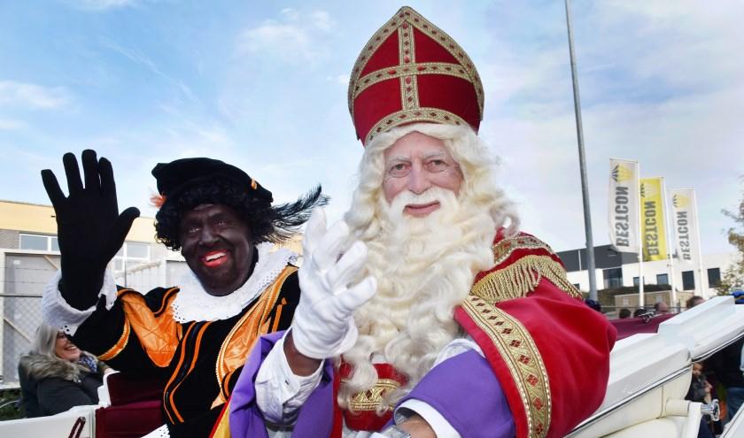 Afgelopen zondag werd de Sint weer warm onthaald in Best. Foto: Marijke Vermeulen