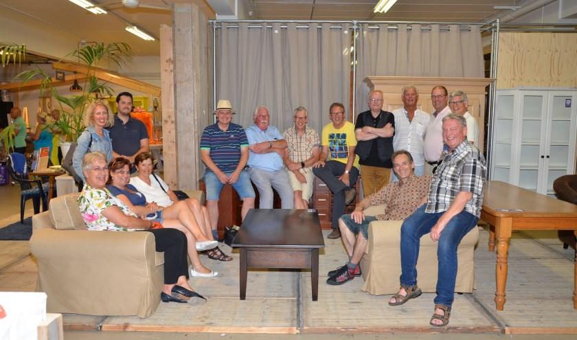 De Bestse gemeenteraad en het college van burgemeester en wethouders maakten afgelopen zaterdag een fietsexcursie en bezochten diverse Bestse bedrijven.