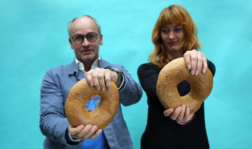Olga Raaymakers, Van Klein Geluk en Edwin Vollebergh, Studio Boot lanceerden Sprokkelbrood. Foto: Petra Janssen
