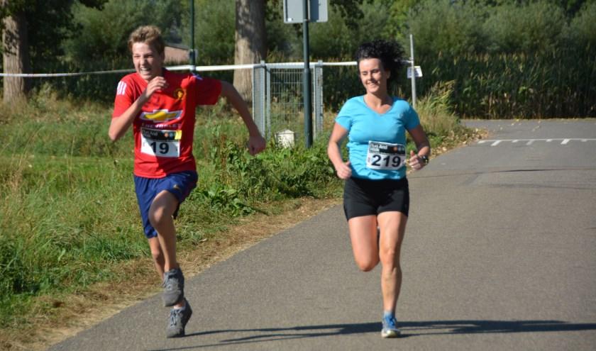 Volop hardloop- en wandelplezier tijdens de Profielloop. Foto: Jose van den Dungen