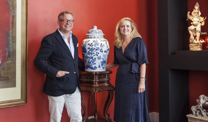Floris van der Ven en zijn vrouw Nynke van Vanderven Oriental Art. Foto: Michel van de Langenberg.