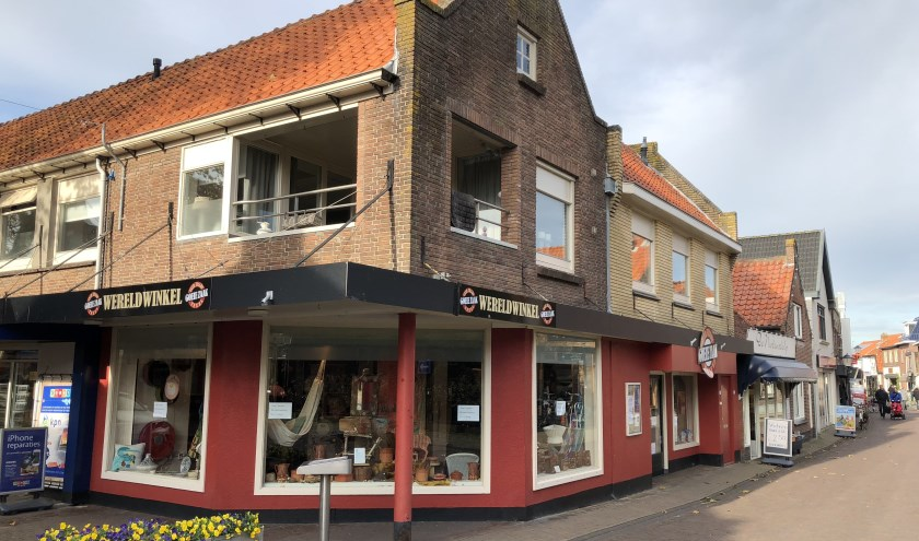 De Wereldwinkel aan de Weverstraat in Den Burg.