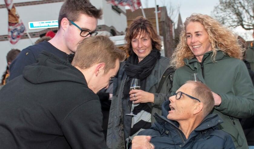 Dj's Aron Zeeman en Sil van Heerwaarden kregen bezoek van Rob en Mirjam Daalder.