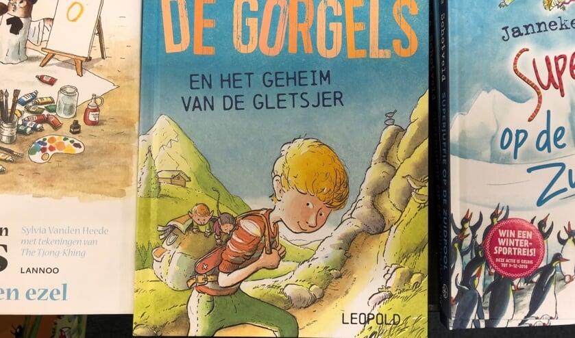 Een van de boeken van Jochem Myjer over de Gorgels.