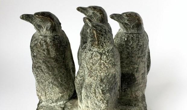 Barbara de Clercq: bronzen pinguins in Galerie Posthuys