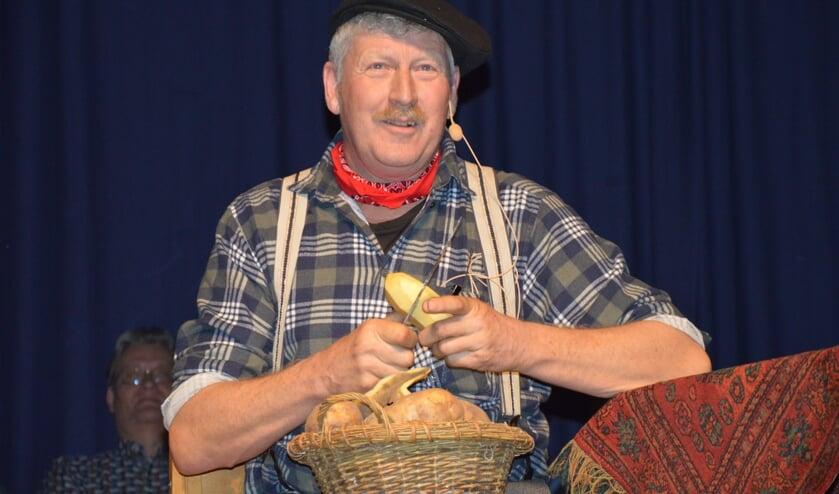 Jan Lap haalde al aardappelen schillend herinneringen op aan zijn jeugd.