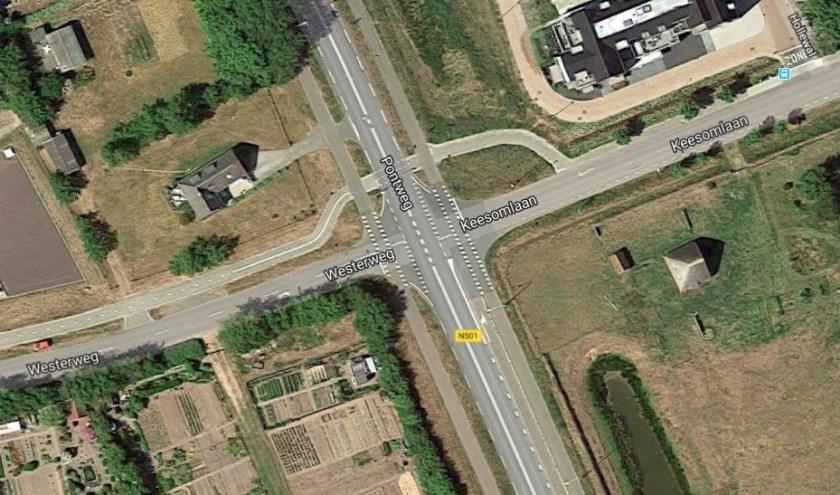 Het kruispunt van de Pontweg met de Westerweg en de Keesomlaan.