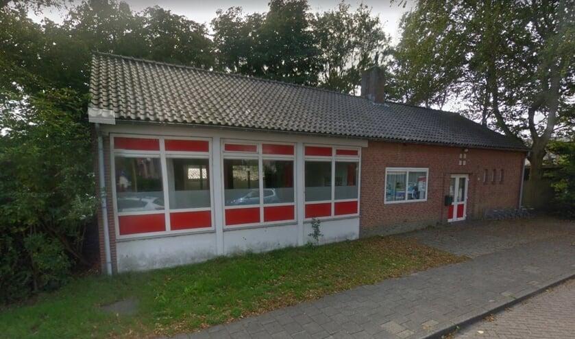 Het Rode Kruisgebouw aan de Jonkerstraat in Den Burg.