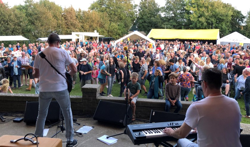 The Seniors waren zaterdag de uitsmijter op Strenderpop, dat veel bezoekers trok.