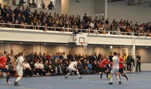 De zaalvoetballers van Texel Futsal in de TXL sporthal in Den Burg.