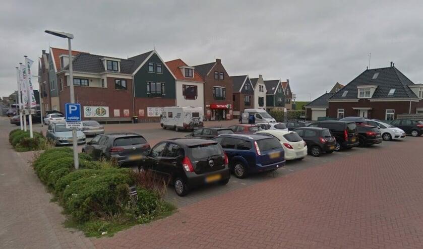 Het parkeerterrein aan de Vlamkast.