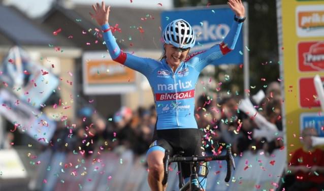 Veldrijdster Denise Betsema boekte dit seizoen de ene de andere overwinning.