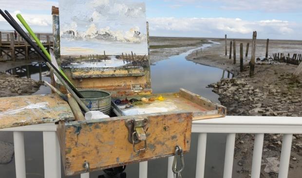 Sonja Brussen schildert buiten en exposeert in Galerie Posthuys