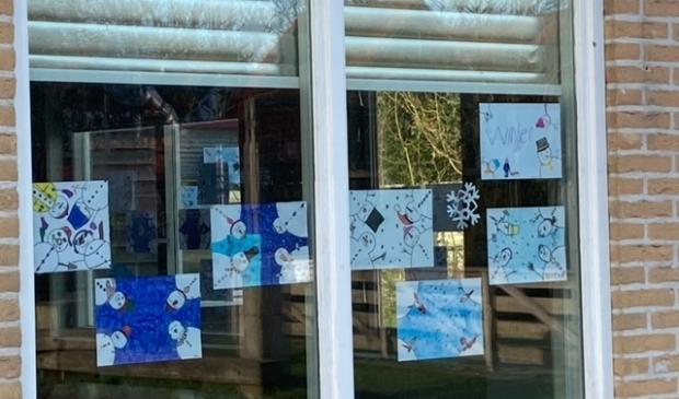 <p>Tekeningen voor de ramen van de Bruinvisschool in Oudeschild.&nbsp;</p>