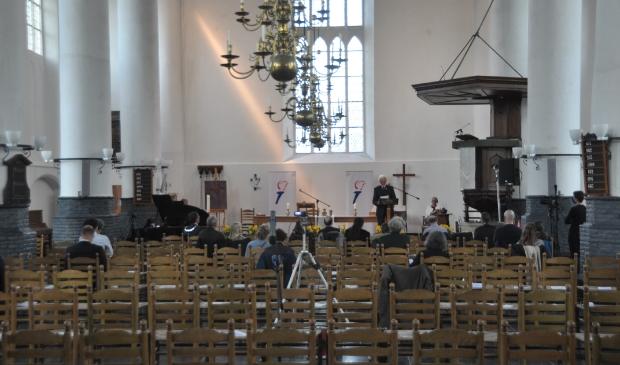 <p>De Burghtkerk in Den Burg tijdens de herdenkingsdienst.</p>