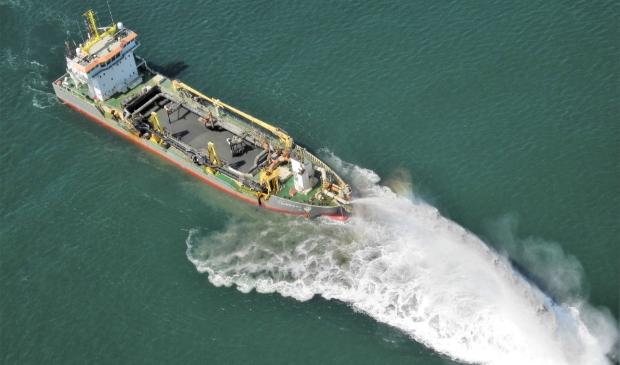 <p>De Causeway aan het werk op zee.</p>
