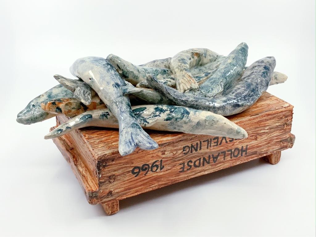 Edith Madou: Haring (keramiek) in Galerie Posthuys Foto: Galerie Posthuys © Mediabureau Langeveld & De Rooy