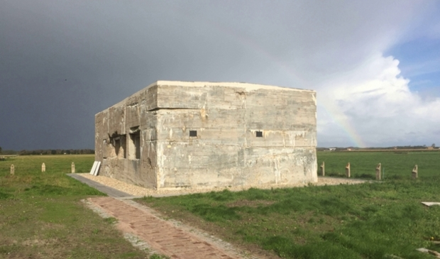<p>De bunker tegenover het vliegveld.</p>