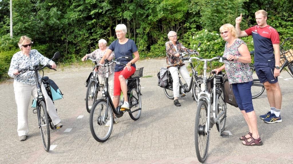 Impressie van fietsen in kleine groep Foto: Sportstichting Texel/Gerrit Verhoeven © Mediabureau Langeveld & De Rooy