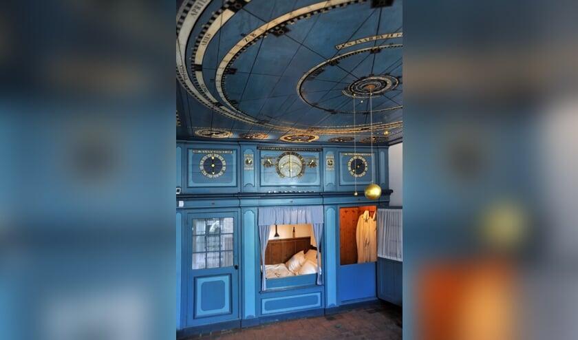 De woonkamer van het planetarium in Franeker.