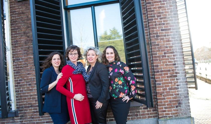 De vier Friese advocaten van Kooi: v.l.n.r.: Sjoertje Bergsma, Baukje Hiemstra, Baukje Kooi en Chantal Bosch.