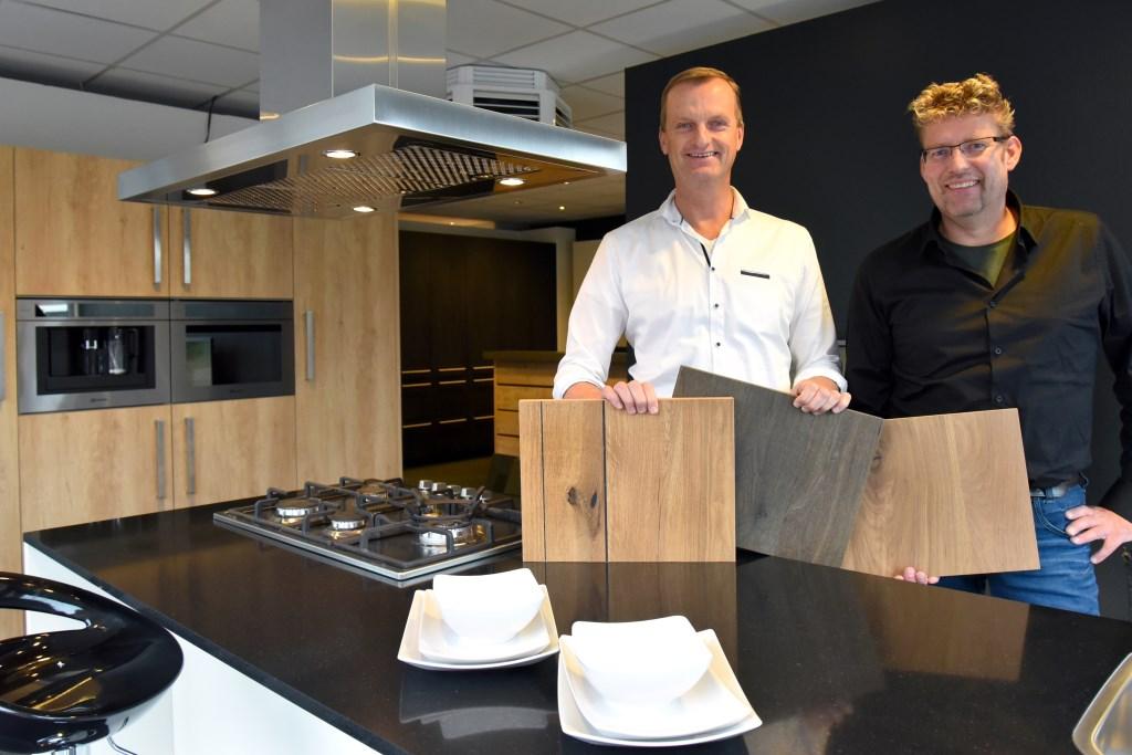 """Johan Bosker en Erik Koudenburg: """"Onze keukens zijn gemaakt van degelijke materialen.""""  Foto: Actief Media © Actief Media"""