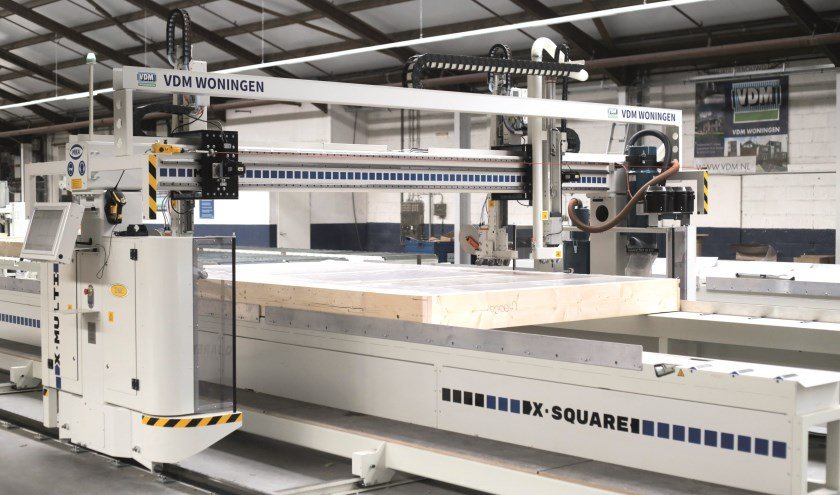 Een van de nieuwe geautomatiseerde productielijnen bij VDM.