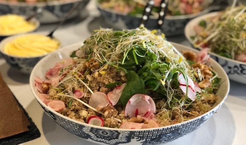 Heerlijk lunchen kan bij foodtrucks en in het restaurant van De Lawei.