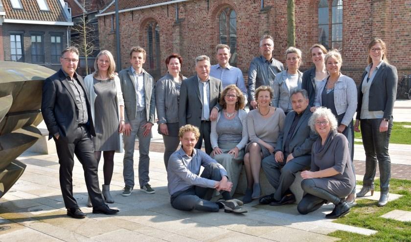 De zangers en zangeressen van Vocaal Ensemble Collage.