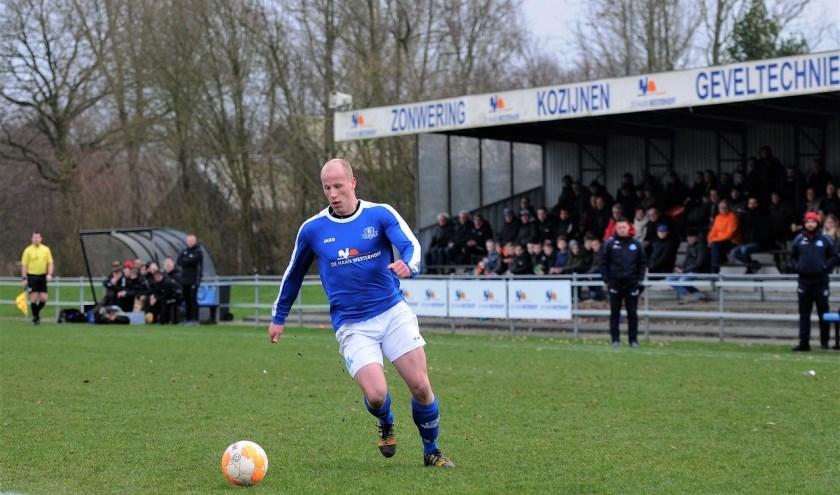 Jelmer Vos was, ondanks de nederlaag, de uitblinker bij VV Buitenpost.