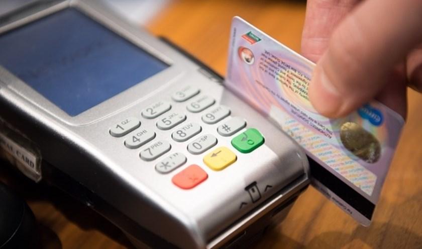 PSD2 maakt het mogelijk om al je betaalgegevens te delen met een ander bedrijf, bijvoorbeeld Google, Apple, Amazon of een ander fintech-bedrijf.