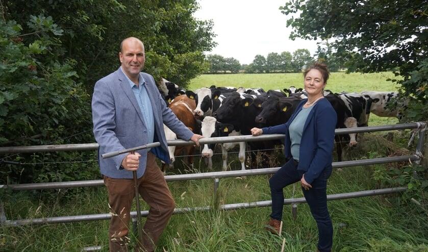 Jos Ebbers en Gerda Bijlsma, agrarisch- en woningmakelaar bij Wijmenga Makelaars & Rentmeesters in Burgum.
