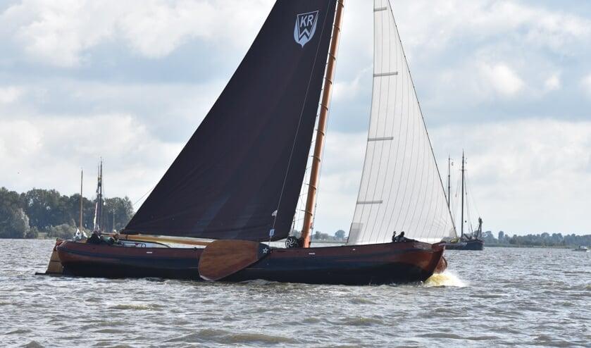 Skûtsje Wâldwiif uit Kootstertille met schipper Tim Roosgeurius kanmisschien promoveren van C- naar B-klasse bij de IFKS.