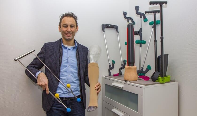 """Compressietherapeut Klaas Helfrich: """"Bestel nieuwe kousen als u ze nodig heeft. Wij declareren in overleg met u bij de zorgverzekeraar."""""""