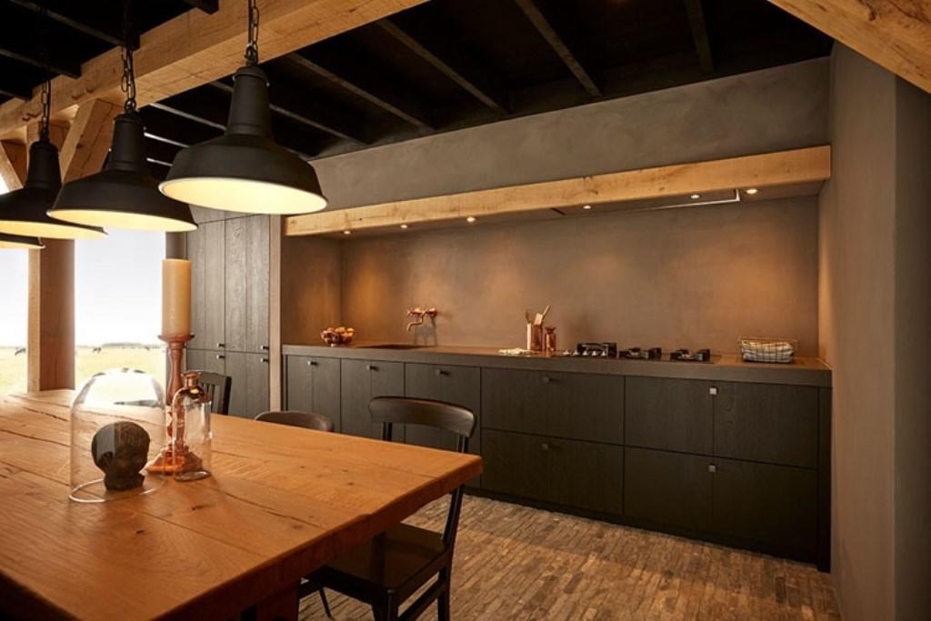 Een landelijke keuken met een industriële touch van Keller Keukens.  Foto: Keller Keukens © Actief Media