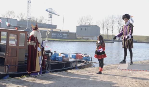 <p>Sinterklaas is in Burgum aangekomen.</p>