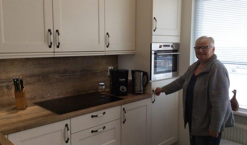 Willemien van der Sluis is zeer content met haar keuken die perfect werd gerealiseerd door Tabak Keukens & Badkamers.