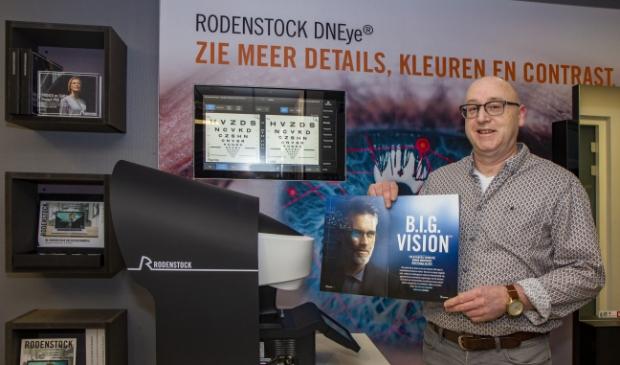"""""""Dankzij B.I.G. VisionTM van Rodenstock zijn wij nu in staat om brillenglazen te maken die zijn afgestemd op de biometrische data van elk individueel oog"""", zegt Wytse van Optiek Freiberger in Burgum."""