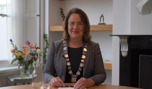 <p>Burgemeester Ellen van Selm van Opsterland,<br>nu ook actief voor de Verenigde Naties.</p>