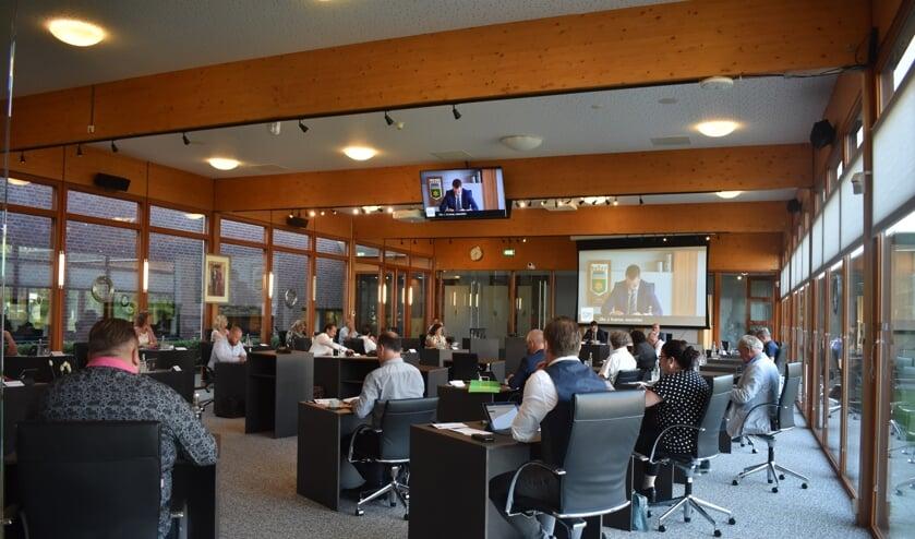 De gemeenteraad van Noardeast-Fryslân vergaderde donderdag 25 juni 'coronaproof' in de raadszaal in Kollum.