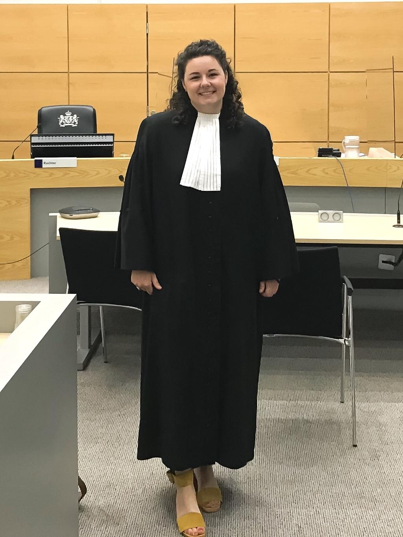 Lisa Alstein is beëdigd als advocaat en komt het team van Kooi Advocaten versterken. Foto: Ingezonden