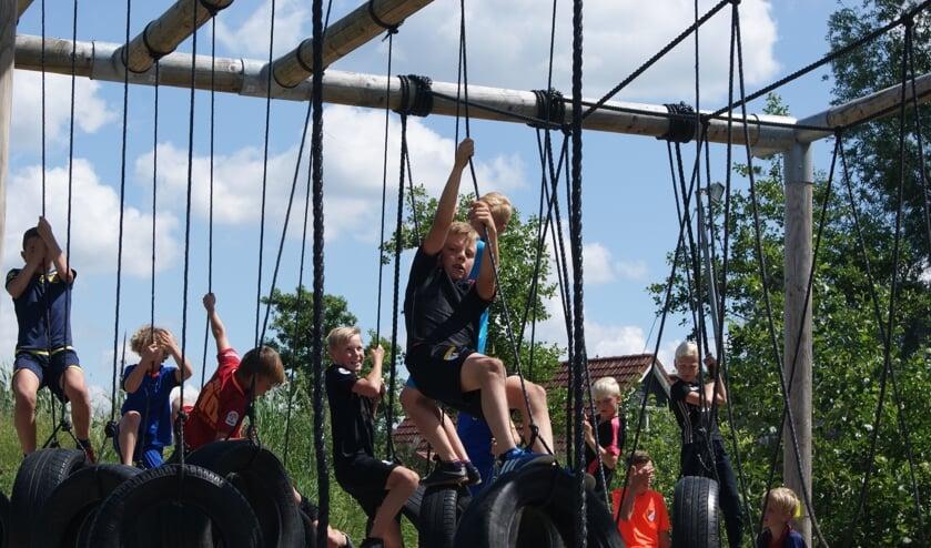 In de Wielenweek worden vijf dagen buitenactiviteiten  georganiseerd voor kinderen. Je kunt per dag inschrijven.