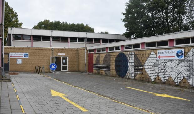 <p>De testlocatie aan de Eikesingel 62 in Drachten is alleen maandag 11 oktober nog open en uitsluitend op afspraak. Hierna moet men naar het Fries Congres Centrum aan de Oprijlaan 3, aan de zuidwestkant van Drachten.</p>