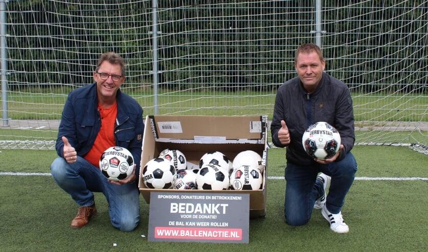 De ballenactie van Broekster Boys bracht 1200 euro op.