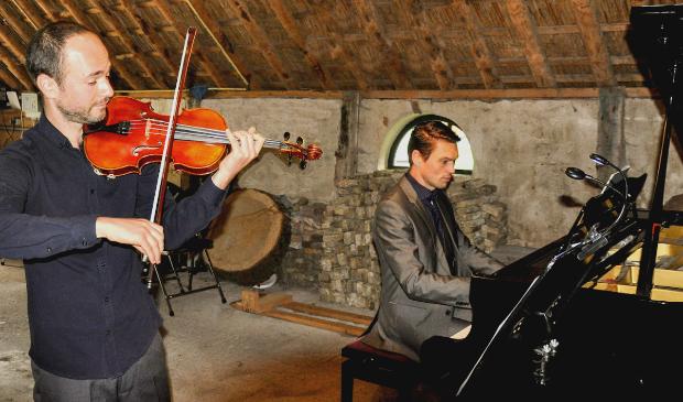 Violist Dmitry Ivanov en pianist Frans Douwe Slot.