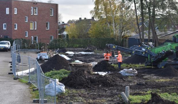 <p>In november werd er nog druk gewerkt aan vernieuwing<br>van pleinen en straten in Surhuisterveen.</p>