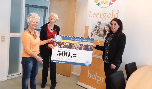 <p>Van links naar rechts: Ida van Kampen, Marijke Leibbrandt, Bianca Iedema.</p>